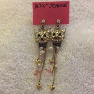 NWT Betsey Johnson Chandelier Earrings